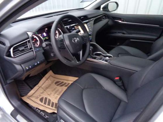 Toyota Camry 2.5 Hybride - Photo 2