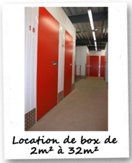 box de stockage la b thie immobilier location parking box garage la b thie reference imm. Black Bedroom Furniture Sets. Home Design Ideas
