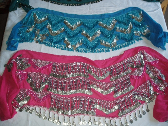 Annonce occasion, vente ou achat 'Ceintures turquoise et rose de danse ori'