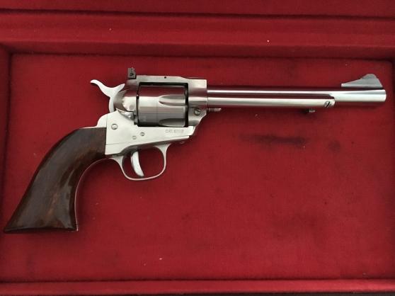 Colt UBERTI calibre 22 lr inox monocoup
