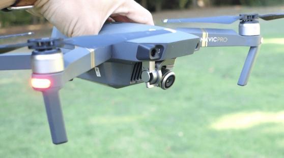 Petite Annonce : Vends dji mavic pro + fly more combo - Système de transmission portée de 7 km Autonomie 27 minutes
