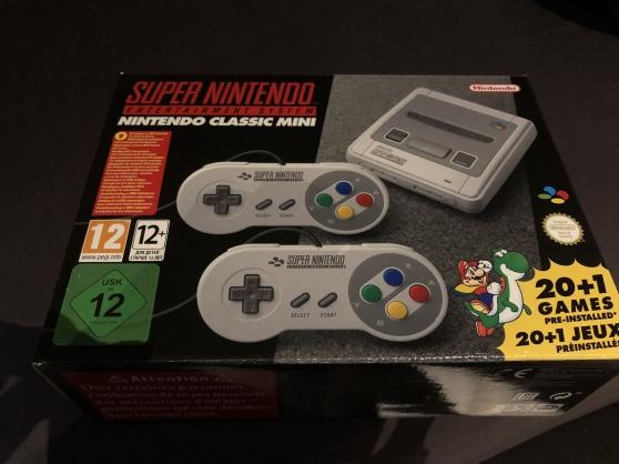 Petite Annonce : Console nintendo snes mini + 21 jeux - Console Nintendo SNES Mini + 21 jeux inclus  Le cadeau de Noël