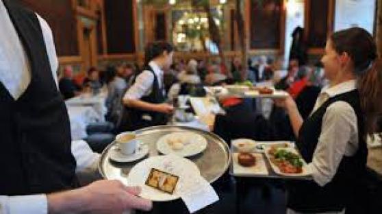 Annonce occasion, vente ou achat 'Nous recherchons serveur/serveuse'