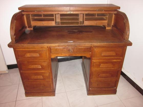 Ancien bureau à cylindre ou rideau