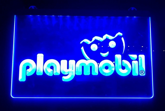 Annonce occasion, vente ou achat 'Enseigne lumineuse Playmobil'