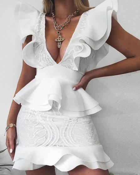 robe à volants v profond - Annonce gratuite marche.fr