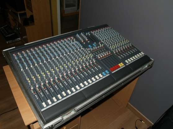 Table De Mixage Allen Heath Gl2200 Ex Musique Instruments Tables De Mixage Barraux