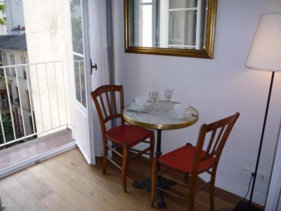 Grand studio meublé, de 19 m² à Paris 06