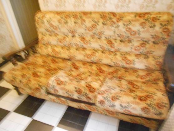 canape et deux fauteuils à festigny - Annonce gratuite marche.fr