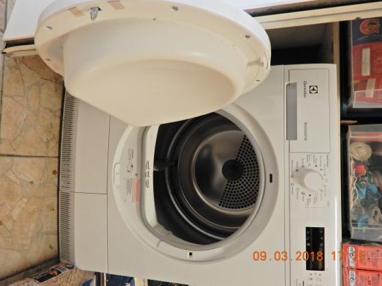 Sèche-linge ELECTROLUX EDP 2074 PDW - Photo 2