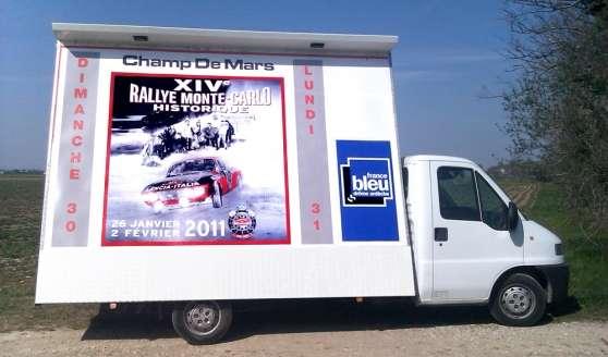 location espace publicitaire sur camion