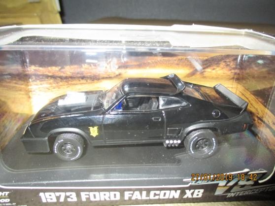 ford falcon XB 1973 1:24