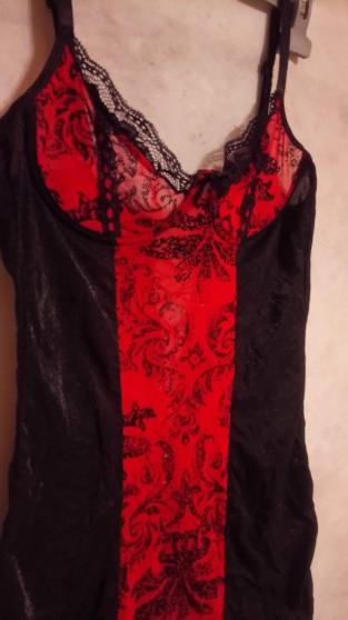 guêpière sexy rouge et noir dentelle - Photo 3