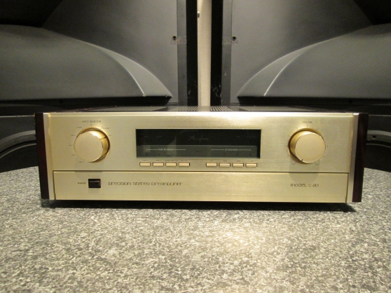 ACCUPHASE C-270 Stereo Preamplifier