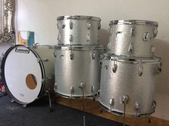 Ludwig Giant Sizes 26 Bass,20,18,16 & 14