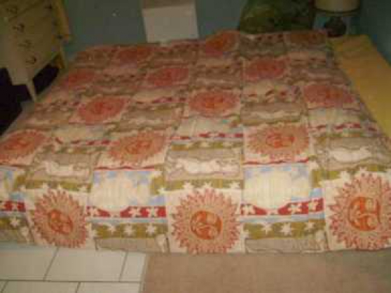 Annonce occasion, vente ou achat 'Couette 1,90 x 1,90 m (nappage en polyes'