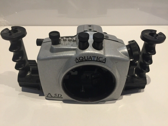 Annonce occasion, vente ou achat 'Appareil photo sous-marin Aquatica Canon'