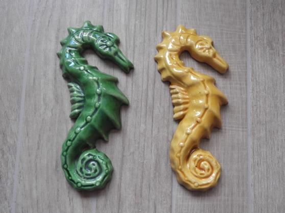 Annonce occasion, vente ou achat 'Hippocampes en terre cuite'