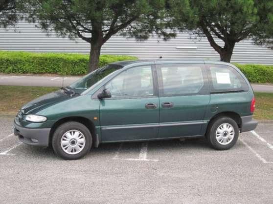 Chrysler voyager 2.5l turbo diesel bon é