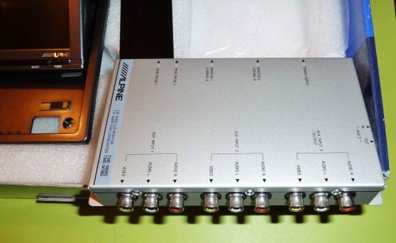 Ecran ALpine lecteur DVD haut de gamme - Photo 3