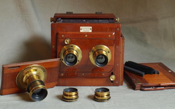 Watson 1/2 plate Stereo mahogany plate c