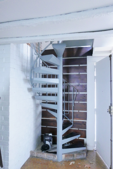 Annonce occasion, vente ou achat 'Escalier en colimaçon en métal'