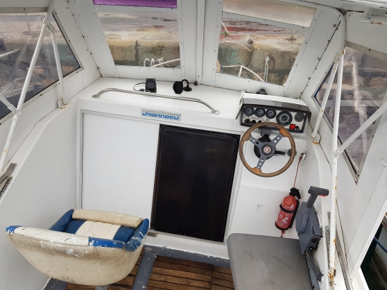 Petite Annonce : Skanes 510 - Skanes 510 cabine hors bord    moteur yamaha 90cv autolub  turbine