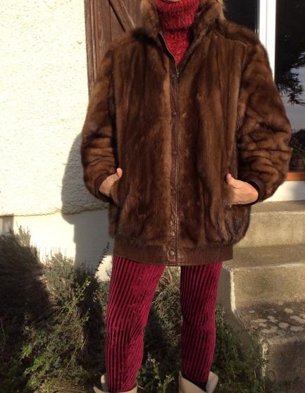 Superbe veste blouson long vison marron