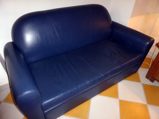 Canapé lit cuir bleu vintage