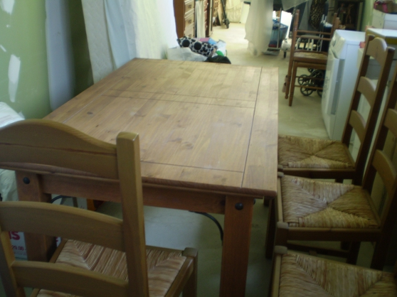 Annonce occasion, vente ou achat 'Propose table et 4 chaises assorties'
