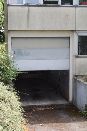 Box garage parking stockage debarras gar