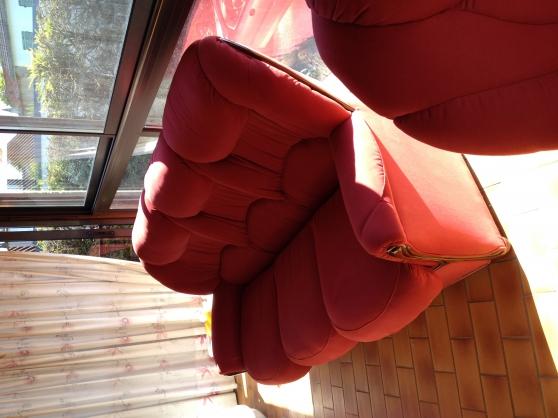 canapé 3 places en suédine rouge et son - Annonce gratuite marche.fr