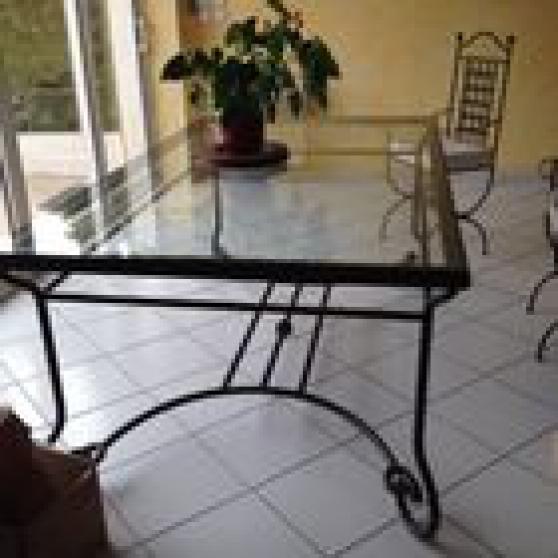 Table console et chaises en fer forgé