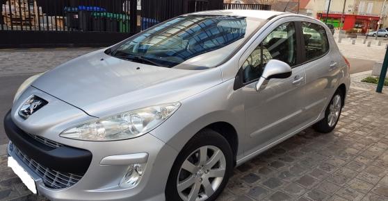 Peugeot 308 1.6 HDi 110ch FAP BVM6 BLUE