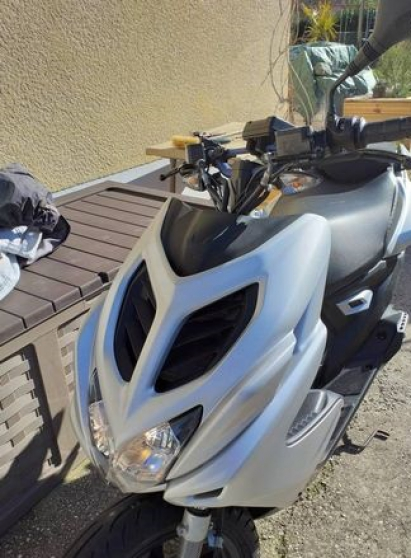 Annonce occasion, vente ou achat 'Scooter nitro naked avec alarme'
