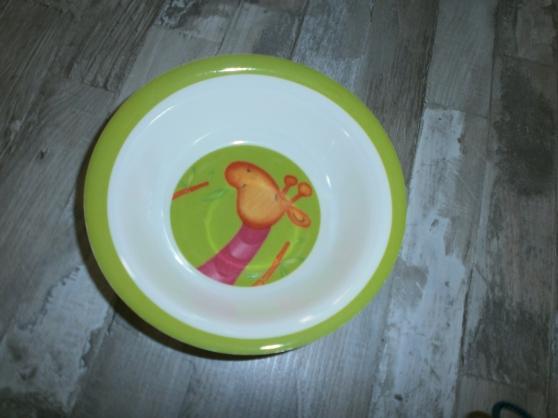 lot de vaisselles enfant en TTBE et peu - Photo 2