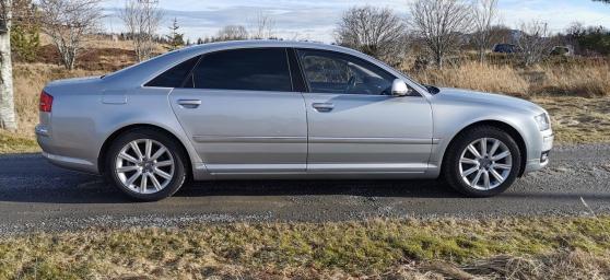 Audi A8L 3.0-232 D QUATTRO