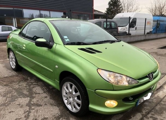 SUPERB 206 CC 1.6i 16V 110 SPORT 4PLACES