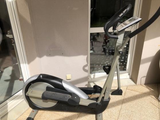 Vélo elliptique fitness attitude bon éta