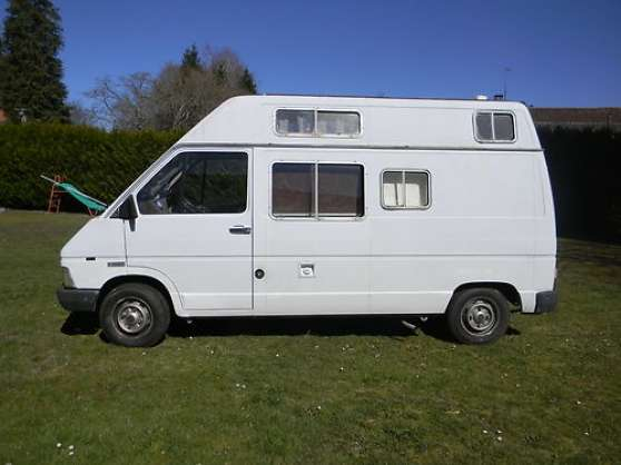 renault master equipe camping car toulon caravanes camping car camping car toulon. Black Bedroom Furniture Sets. Home Design Ideas