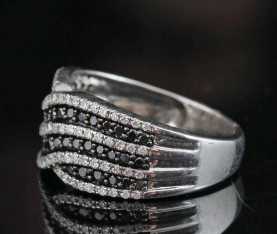 Bague en argent sterling avec diamants