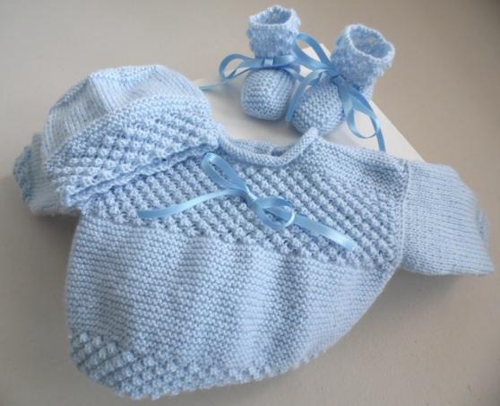 Trousseau bleu tricot laine bébé fait ma