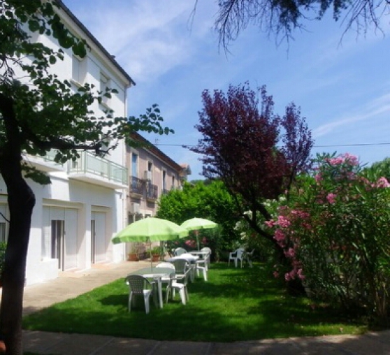 rencontre amicale à la villa casa blanca - Annonce gratuite marche.fr