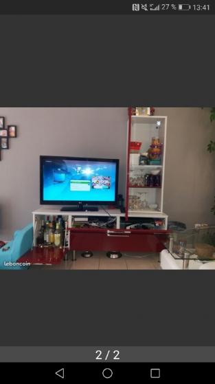Annonce occasion, vente ou achat 'Meuble TV Crozatier blanc et rouge'
