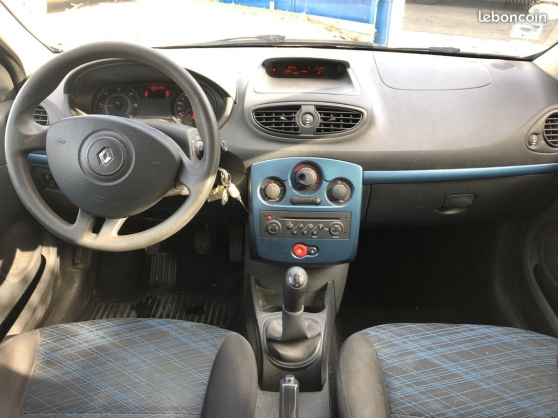 RENAULT CLIO lll 1.5 DCI 85 EXTREME FONC