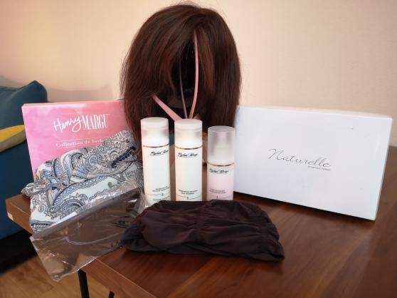 Annonce occasion, vente ou achat 'perruque 100% naturelle + accessoire TBE'