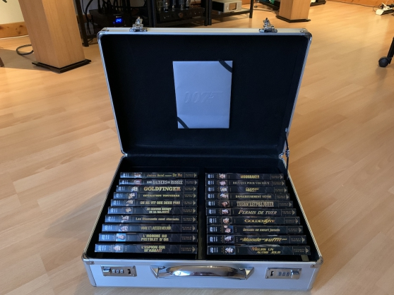 Malette Collector JAMES BOND DVD édition