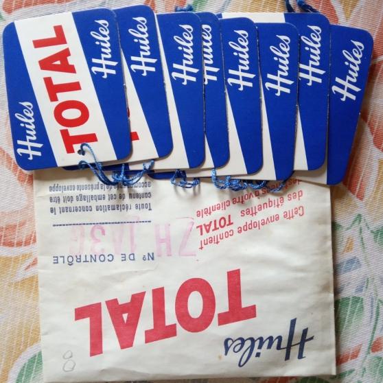 Annonce occasion, vente ou achat 'Total ancienne pochette etiquettes vidan'