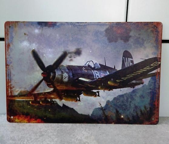 Annonce occasion, vente ou achat 'Avion Corsair imprimé sur plaque métal.'
