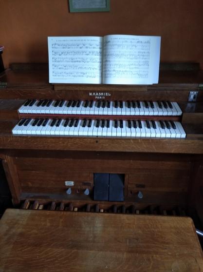 Annonce occasion, vente ou achat 'harmonium 2 claviers et pédalier'